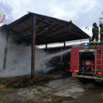 Cariati (CS): Incendio in un fienile, 50 balloni avvolti dalle fiamme