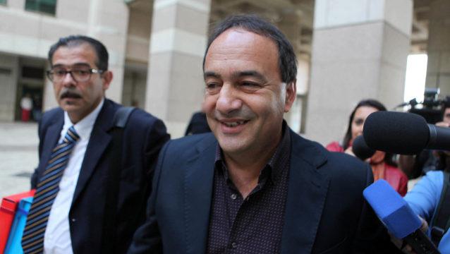 """Mimmo Lucano: """"Faremo non uno Sprar ma un'accoglienza spontanea, senza soldi pubblici"""""""