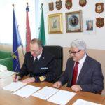 """Rinnovata la la convenzione tra l'Istituto Nautico """"Mario Ciliberto"""" e la Capitaneria di porto di Crotone"""