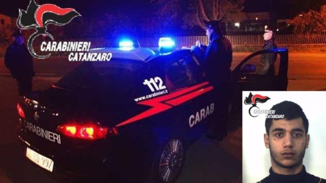 Tenta di rapinare il titolare di un Pub-Pizzeria del centro storico di Catanzaro