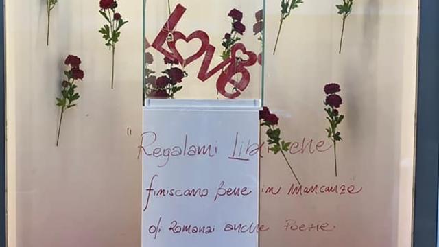 Crotone: PoeCity, il tam tam contagioso della poesia urbana di strada