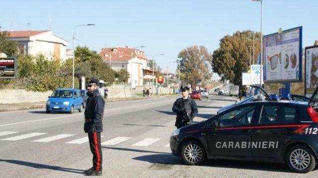 Crotone: armi e droga, arrestato 48enne