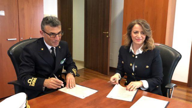 Arpacal e Direzione Marittima-Guardia Costiera insieme a tutela del mare calabrese