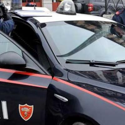 Isola Capo Rizzuto (Kr) , maltratta i propri familiari: arrestato 52enne