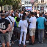 VIDEO   Crotone, cittadini in piazza per rivendicare sicurezza lungo la SS 106