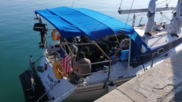Crotone, arrestati i due presunti scafisti dello sbarco alla foce del Neto