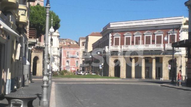 Crotone, niente più auto in Piazza Duomo, estesa in fase sperimentale l'isola pedonale nel centro cittadino