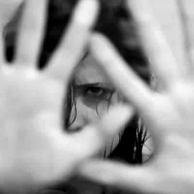 Crotone, minaccia e picchia la moglie: arrestato 66enne