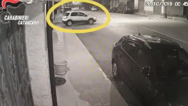 VIDEO | Omicidio Lamezia Terme ex agente,  ricostruiti tutti i passaggi grazie alla videosorveglianza