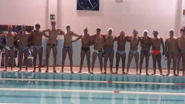 Asd Nuotatorikrotonesi in soccorso della Rari Nantes L. Auditore