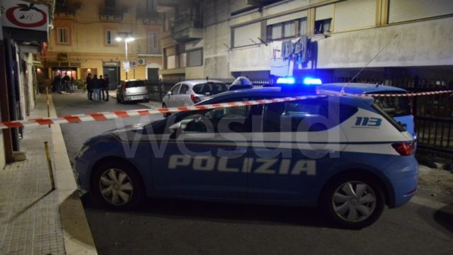 Crotone, aggressione in via Interna Marina,  grave 32enne