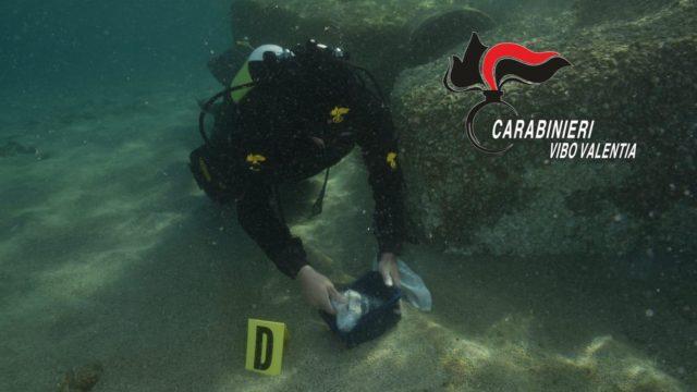 Munizioni e pistola nascosti nei fondali marini al largo del litorale costiero vibonese
