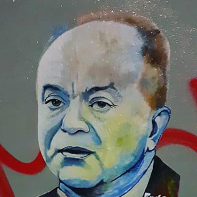 Crotone, Frog dedica un' opera di street art a Gratteri ma viene deturpata