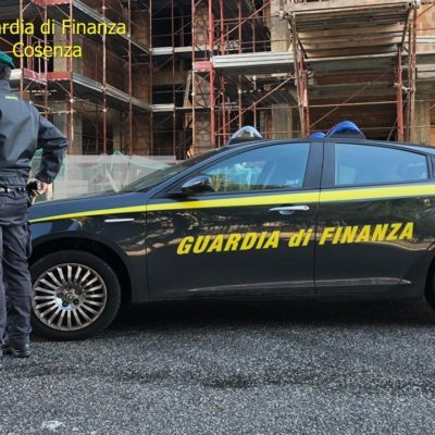 """Lavoravano in """"nero"""" ma percepivano il Reddito di Cittadinanza, la Guardia di Finanza ne scopre 10 nel Cosentino"""