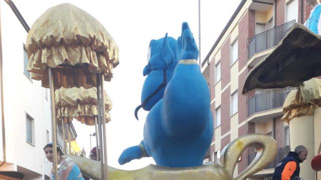 """Cutro (KR), conclusa con la """"Sagra del pignato"""" la settima edizione del Carnevale Cutrese"""