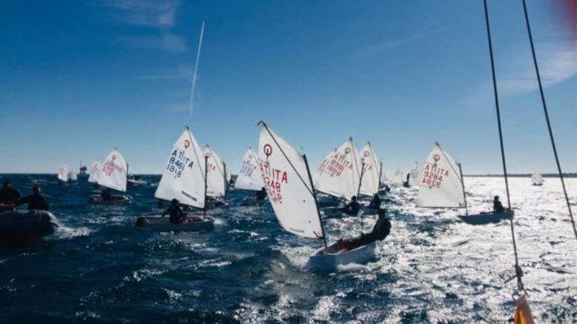 Crotone, conclusa con un'ultima regata da urlo la Carnival Race 2020