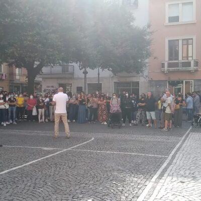 Crotone, protestano gli abitanti di Tufolo e Farina: chiedono investimenti sulle infrastrutture in periferia