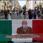VIDEO | Crotone, Via Vittorio Veneto, con la street art si trasforma in un museo a cielo aperto