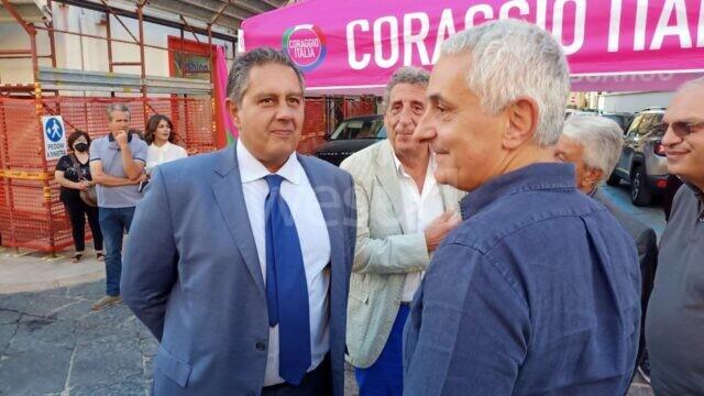 Tappa Crotonese per Giovanni Toti, Coraggio Italia novità e garanzia di cambiamento
